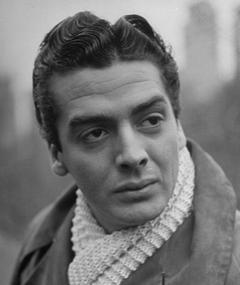 Photo of Victor Mature