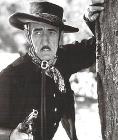 Photo of Earl Dwire