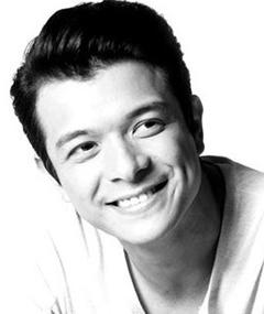 Photo of Jericho Rosales