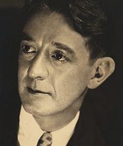Photo of Leonard Carey