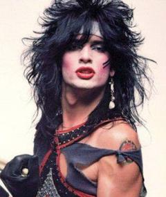 Photo of Tommy Lee