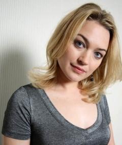 Gambar Sophia Myles