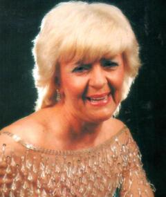 Photo of Lynne Perrie