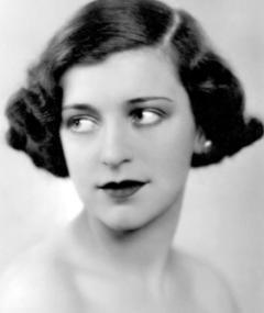 Phyllis Konstam का फोटो