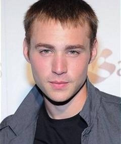 Photo of Emory Cohen