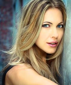 Photo of Pascale Hutton