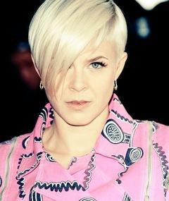 Photo of Robyn