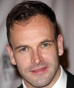 Photo of Jonny Lee Miller