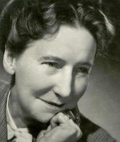 Photo of Beatrice Varley