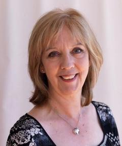 Ruth Sheen adlı kişinin fotoğrafı