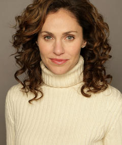 Photo of Amy Brenneman
