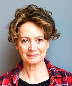 Photo of Francesca Annis