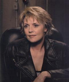 Photo of Amanda Tapping