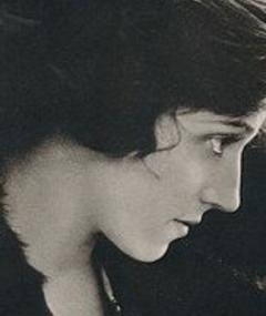 Photo of Miriam Cooper