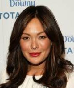 Photo of Lindsay Price