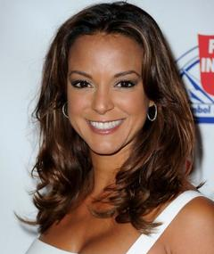 Photo of Eva Larue