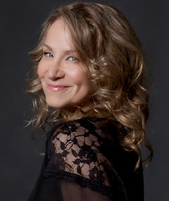 Photo of Joan Osborne