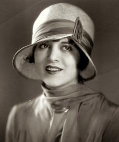 Photo of Dorothy Gulliver