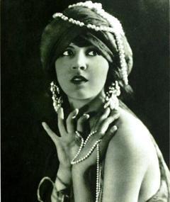 Photo of Julanne Johnston