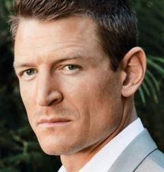 Photo of Philip Winchester