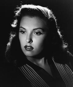Photo of Beverly Tyler