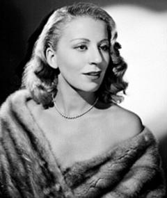Photo of Mona Gildes