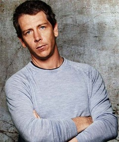 Photo of Ben Mendelsohn