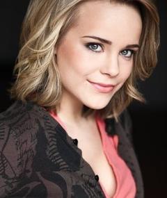 Photo of Emily Hirst