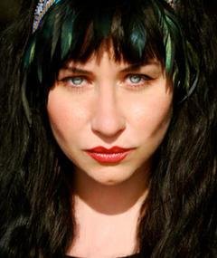Photo of Elissa Dowling