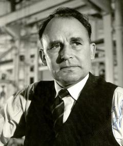 Photo of Geoffrey Keen