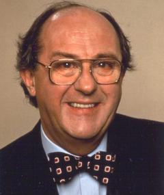 Photo of Anton Rodgers