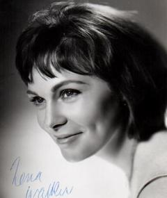 Photo of Zena Walker