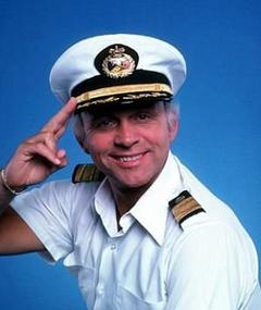 Photo of Gavin MacLeod