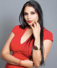 Photo of Asha Siewkumar