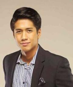 Photo of Aljur Abrenica