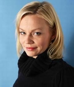 Photo of Samantha Mathis
