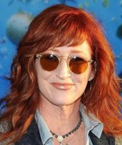 Photo of Vicki Lewis
