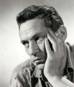 Photo of Peter Finch