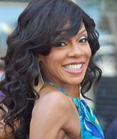 Photo of Wendy Raquel Robinson