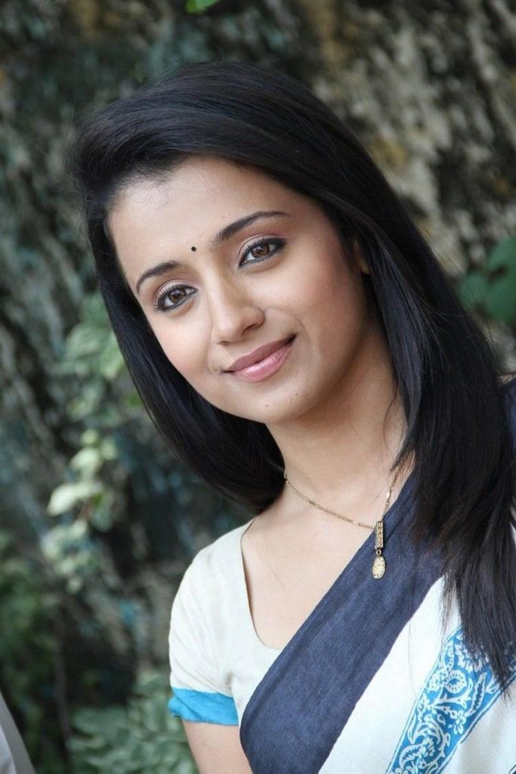 Trisha Krishnan Nude Photos 74