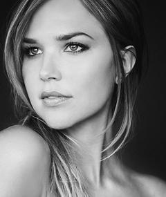 Photo of Arielle Kebbel