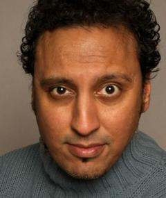 Photo of Aasif Mandvi