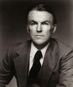 Photo of Anthony Zerbe