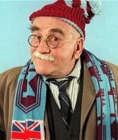 Photo of Warren Mitchell