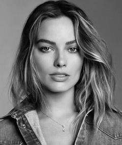 Photo of Margot Robbie