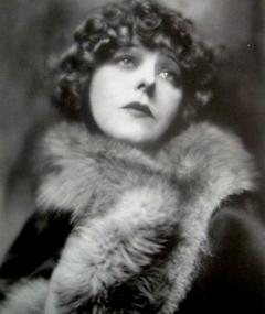 Photo of Seena Owen