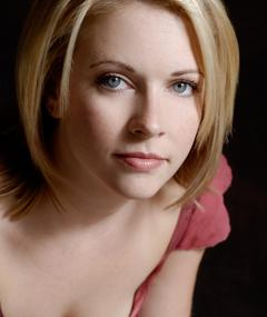 Photo of Melissa Joan Hart