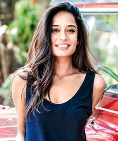 Photo of Lisa Haydon