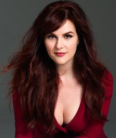Photo of Sara Rue