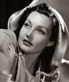 Photo of Lynn Bari